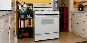old-range-in-kitchen