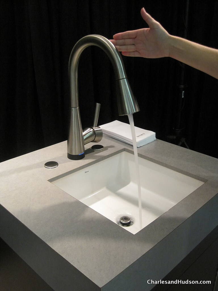Try these 7 popular kitchen trends in 2018 for Bathroom faucet trends