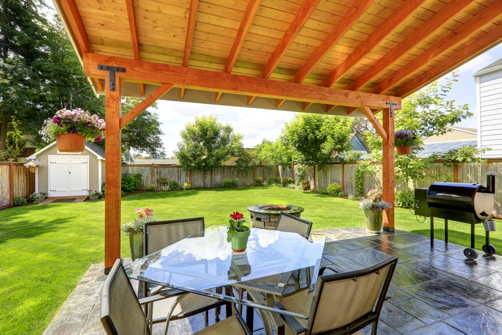 diy outdoor living pergola project