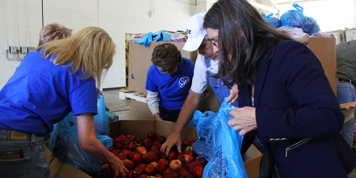 St Louis Area Foodbank Fruit Donations